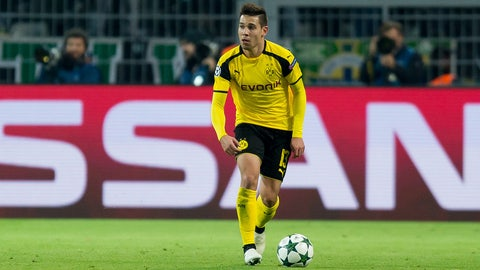 DEF: Raphael Guerreiro, Borussia Dortmund