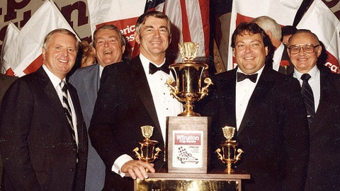 Bobby Allison wins title after 22 seasons