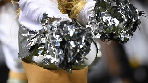Raiders cheerleader