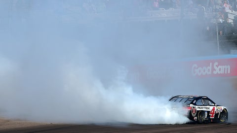 Kevin Harvick adds ninth win at Phoenix