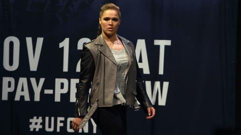Ronda Rousey vs. Cris Cyborg