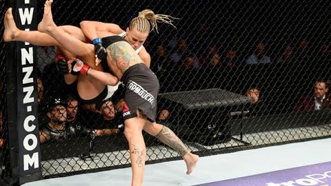 UFC 205: Carmouche v Chookagian