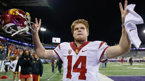 SEATTLE, WA - NOVEMBER 12:  Quarterback Sam Darnold #14 of the USC Trojans heads off the field after beating the Washington Huskies 24-13 on November 12, 2016 at Husky Stadium in Seattle, Washington.  (Photo by Otto Greule Jr/Getty Images)