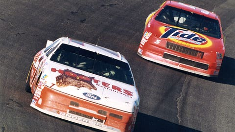Kulwicki and Elliott battle for title