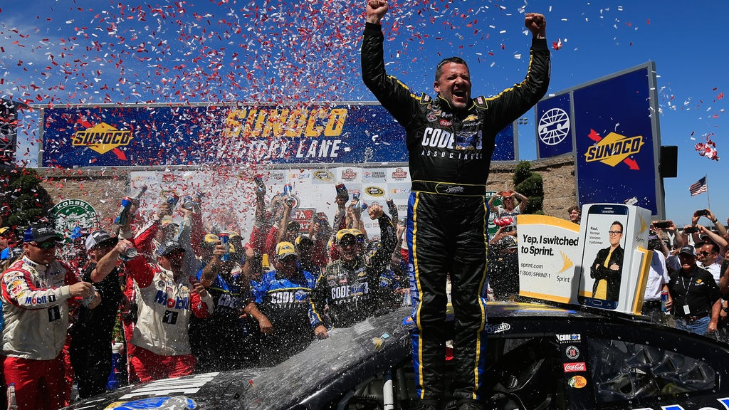10 best victory celebrations in 2016 NASCAR Premier Series