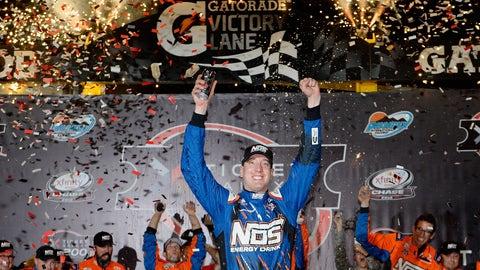 Kyle Busch, Phoenix International Raceway