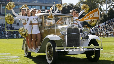 Georgia Tech cheerleaders