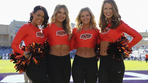 Oklahoma State cheerleaders