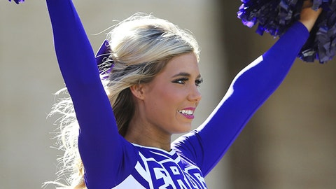 TCU cheerleader
