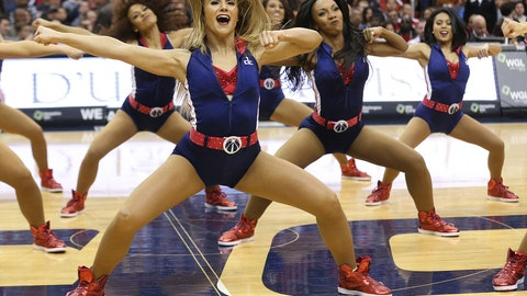 Wizards dancers