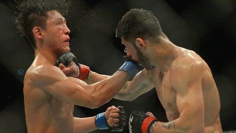 UFC 199: Reyes v Kim