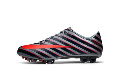 2011 — Mercurial Superfly III CR