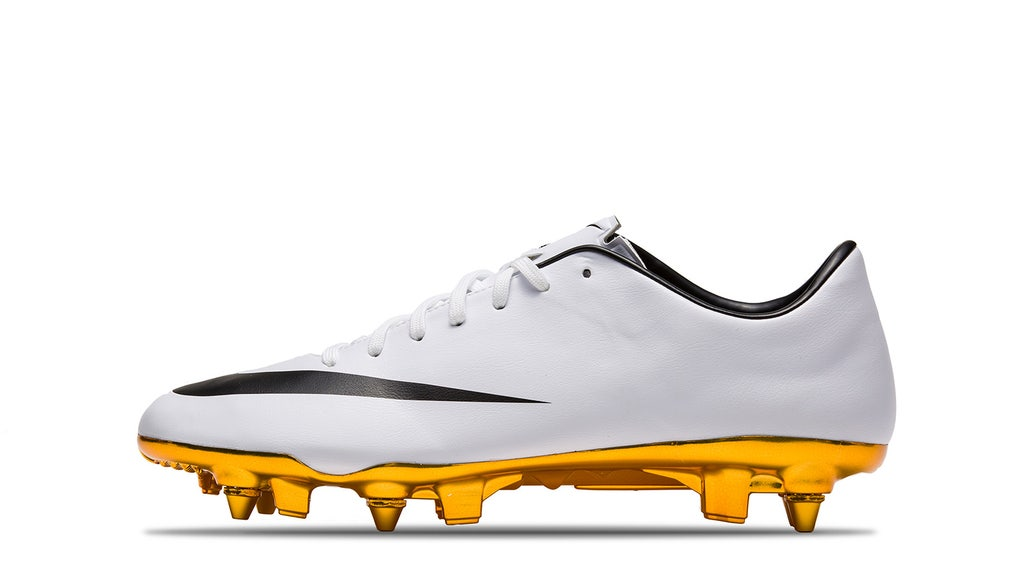 quality design 6122e 0bac3 All of the boots Cristiano Ronaldo wore for his 30 biggest ...
