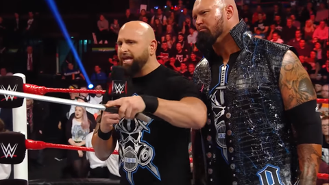 Tag team 5v5 - Team Raw: Gallows and Anderson