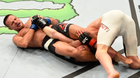 UFC 204: Grant v Stasiak
