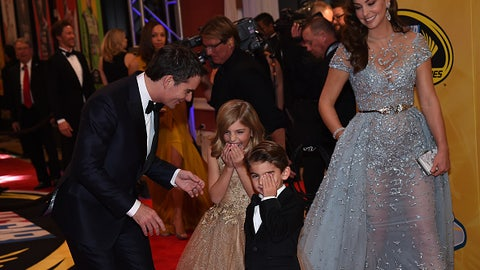 Jeff Gordon in casual moment with family, 2015