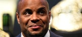 Daniel Cormier withdraws from title fight vs. Anthony Johnson due to injury