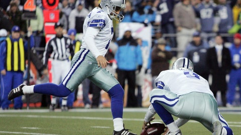 Tony Romo's botched hold