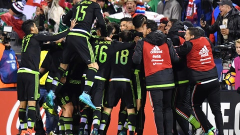 Mexico - 3 pts, +1 GD