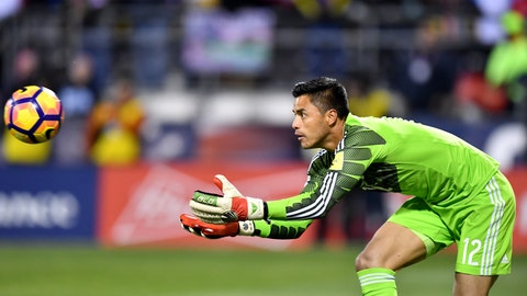 GK: Alfredo Talavera