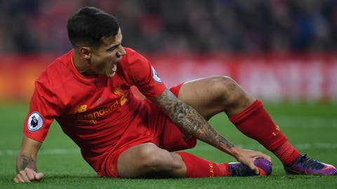 Coutinho injury mars Liverpool win
