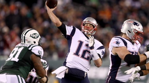 New England Patriots—Tom Brady's sideline throw