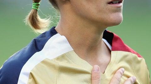 Kristine Lilly - Midfielder