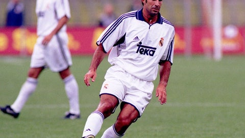 Luis Figo - (Barcelona - 1995-2000, Real Madrid 2000-05)