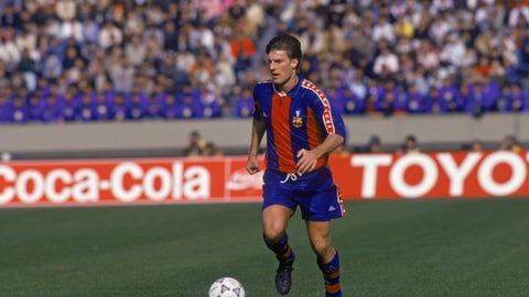 Michael Laudrup - (Barcelona - 1989-94, Real Madrid - 1994-96)