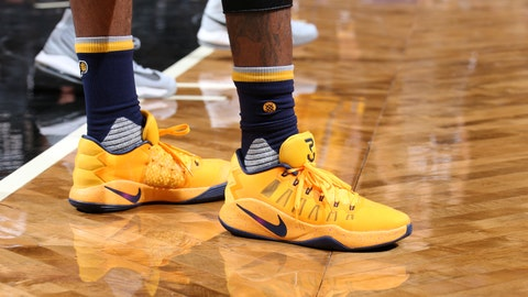 Paul George - Nike Hyperdunk 2016 Low