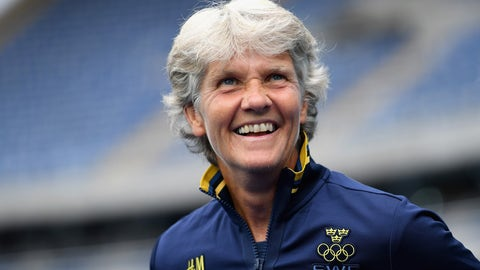 Pia Sundhage, Swedish national team