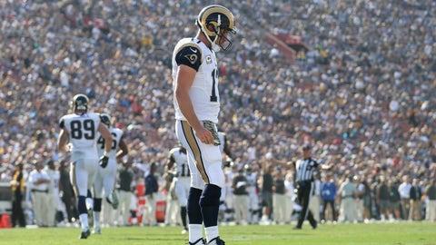 Panthers 13 - Rams 10