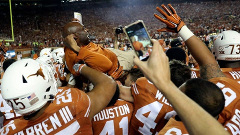 Charlie Strong gets his 'signature' win