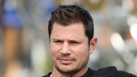 Miami (OH): Nick Lachey (singer, actor)