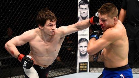 UFC 206: Aubin-Mercier v Dober