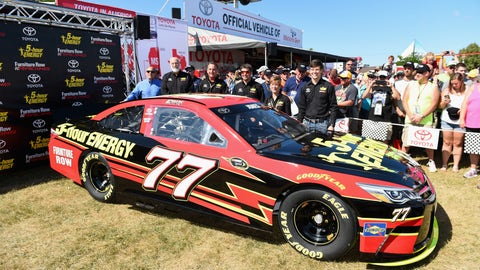 Erik Jones wins rookie honors