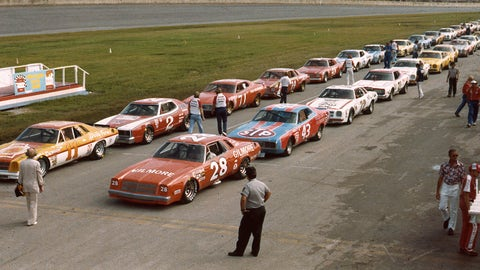15 car numbers with the most wins in NASCAR history