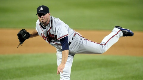 WASHINGTON - SEPTEMBER 24: Billy Wagner #13 of the Atlanta Braves pitches against the Washington Nationals on September 24, 2010 at Nationals Park in Washington, D.C. The Nationals won 8-3. (Photo by Mitchell Layton/Getty Images)