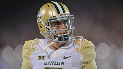 MANHATTAN, KS - NOVEMBER 05: Quarterback Jarrett Stidham #3 of the Baylor Bears works out prior to a game against the Kansas State Wildcats on November 5, 2015 at Bill Snyder Family Stadium in Manhattan, Kansas. (Photo by Peter G. Aiken/Getty Images)