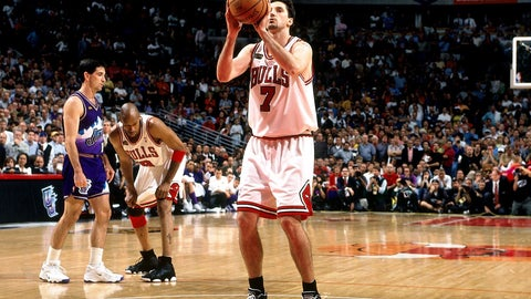 San Antonio Spurs: Dwayne Schintzius over Toni Kukoc (1990, Pick No. 24)