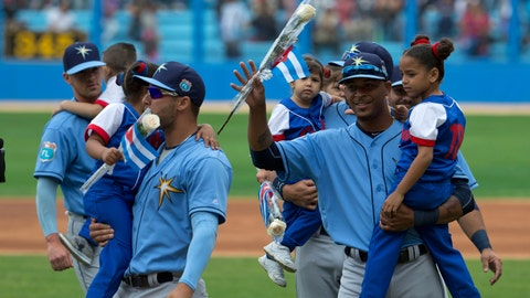 9. Rays first team to play in Cuba since 1999