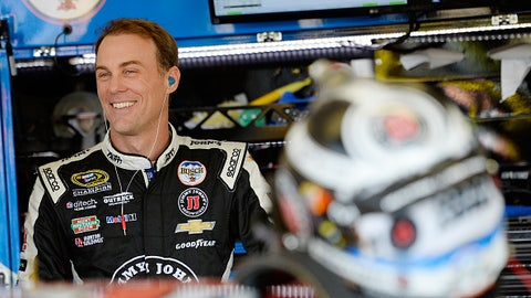 2015, Harvick nearly repeats
