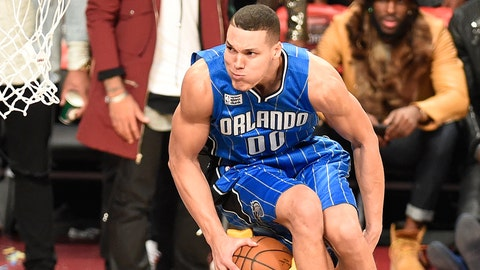 17. Aaron Gordon, Zach LaVine stage epic duel in Slam Dunk Contest