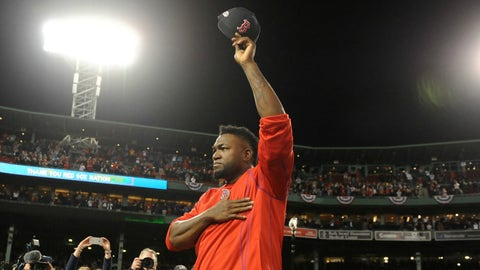 Big Papi says farewell to the Fenway faithful