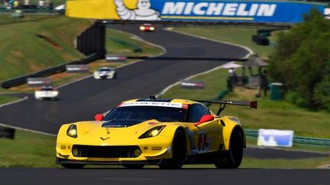 2. CorvetteC7.R