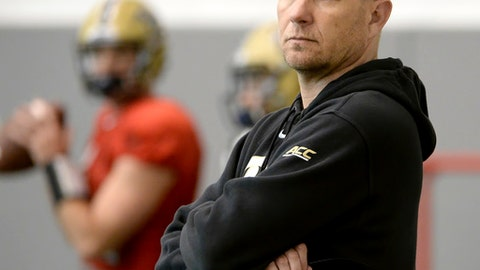 In this Tuesday, March 22, 2016, photo, Univ. of Pittsburgh NCAA college football offensive coordinator Matt Canada watches over his players during spring practice in Pittsburgh, Pa. LSU has hired Pittsburgh offensive coordinator Matt Canada away from the Panthers in hopes he can make the Tigers' run-heavy offense more dynamic and productive against some of the nation's better defenses. (Matt Freed /Pittsburgh Post-Gazette via AP)