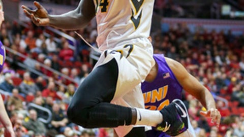 Iowa guard Peter Jok goes up for a layup during the first half of the team's NCAA college basketball game against Northern Iowa, Saturday, Dec. 17, 2016, in Des Moines, Iowa. (AP Photo/Justin Hayworth)