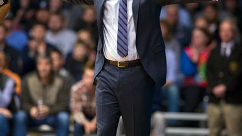 Butler head coach Chris Holtmann reacts to the action on the court in the second half of an NCAA college basketball game against Vermont in Indianapolis, Wednesday, Dec. 21, 2016. Butler won 81-69. (AP Photo/Doug McSchooler)