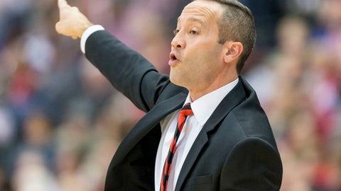 Arkansas State coach Grant McCasland shouts during the team's NCAA college basketball game against Alabama on Wednesday, Dec. 21, 2016, in Huntsville, Ala. (Vasha Hunt/AL.com via AP)
