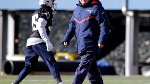 New England Patriots head coach Bill Belichick watches his players during NFL football practice, Wednesday, Dec. 28, 2016, in Foxborough, Mass. (AP Photo/Elise Amendola)